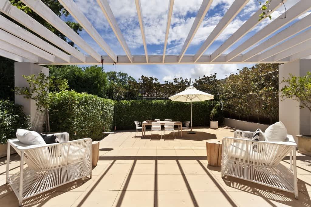 Louvres Melbourne melbourne outdoors patio builders 1