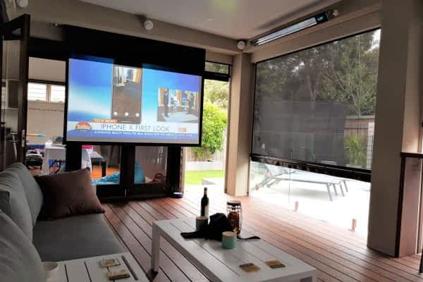 Pool Side Outdoor room with Bar, Pizza, Tv - Carnegie - Melbourne