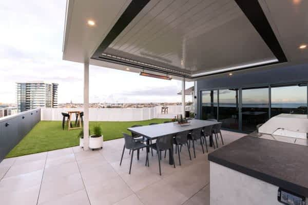 8 Ultimate Louvre Apartment Roof top - Geelong-1920