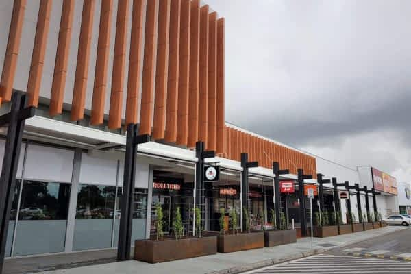 Shopping-Centre-Braybrook-Ultimate-Louvre-Project-Melbourne